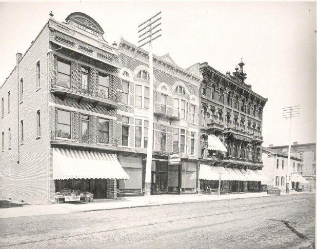 History Of The Wisler House Advertiser Tribune At 160 162 164 S Washington Stands A Four Story Hotel Commonly Known As The Empire House And More Recently As The Gibson Hotel But Originally